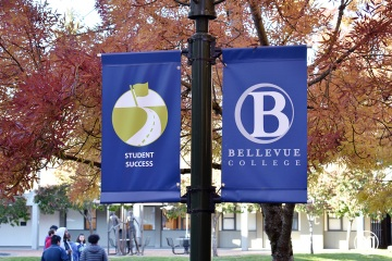 bellevue-college-pole-banners-61_gallery
