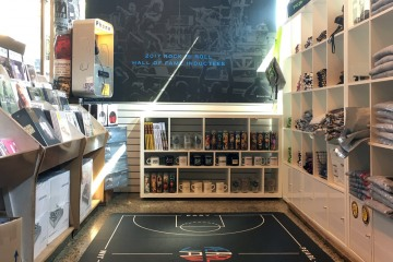 AlphaGraphics-Seattle-floor-graphics-installation-01-1