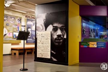 NAAM-jimi-hendrix-exhibit-install-046_gallery