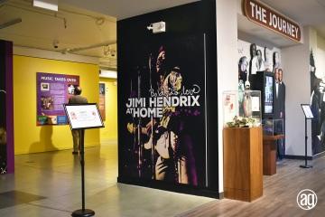 NAAM-jimi-hendrix-exhibit-install-047_gallery