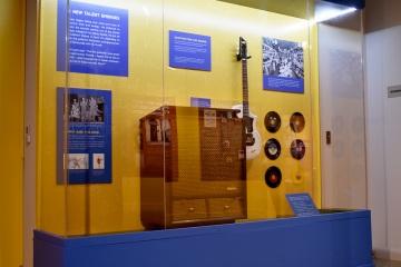 NAAM-jimi-hendrix-exhibit-install-066_gallery