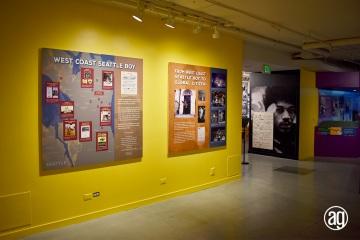 NAAM-jimi-hexndrix-exhibit-install-005_gallery