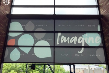 AlphaGraphics-Seattle-window-graphics-installation-55-1