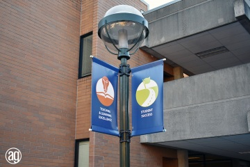 bellevue-college-pole-banners-63_gallery