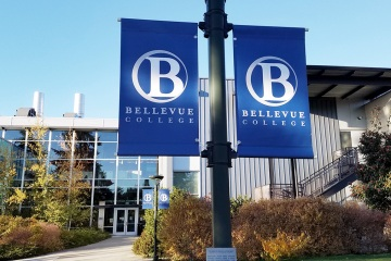 bellevue-college-pole-banners-69_gallery