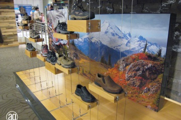 AlphaGraphics-Seattle-signs-installation-37-1