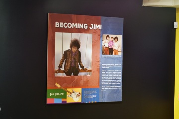 NAAM-jimi-hendrix-exhibit-install-002_gallery
