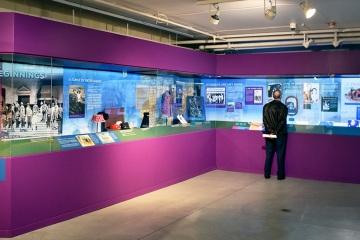 NAAM-jimi-hendrix-exhibit-install-069_gallery