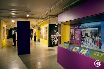 NAAM-jimi-hendrix-exhibit-install-090_gallery