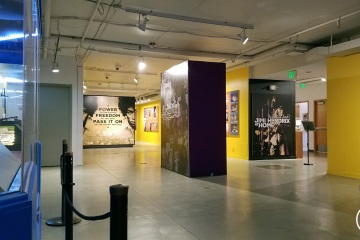 NAAM-jimi-hendrix-exhibit-install-092_gallery