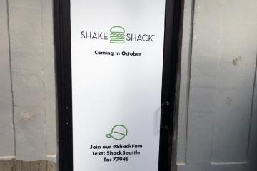 A292060-shake-shack-install-01-gallery