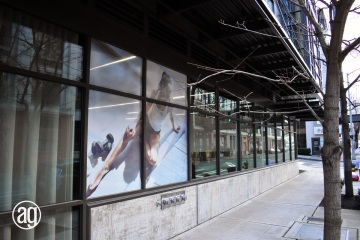 AlphaGraphics-Seattle-window-graphics-installation-17-1