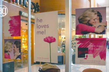 AlphaGraphics-Seattle-window-graphics-installation-43-1