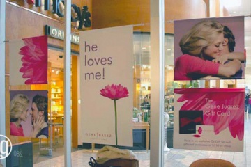 AlphaGraphics-Seattle-window-graphics-installation-51-1